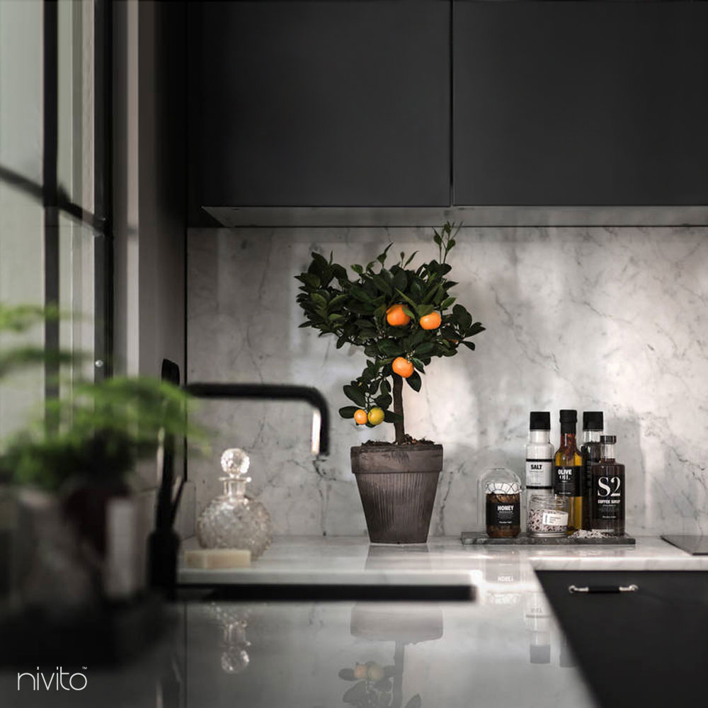Svart Vattenkran - Nivito 10-RH-320