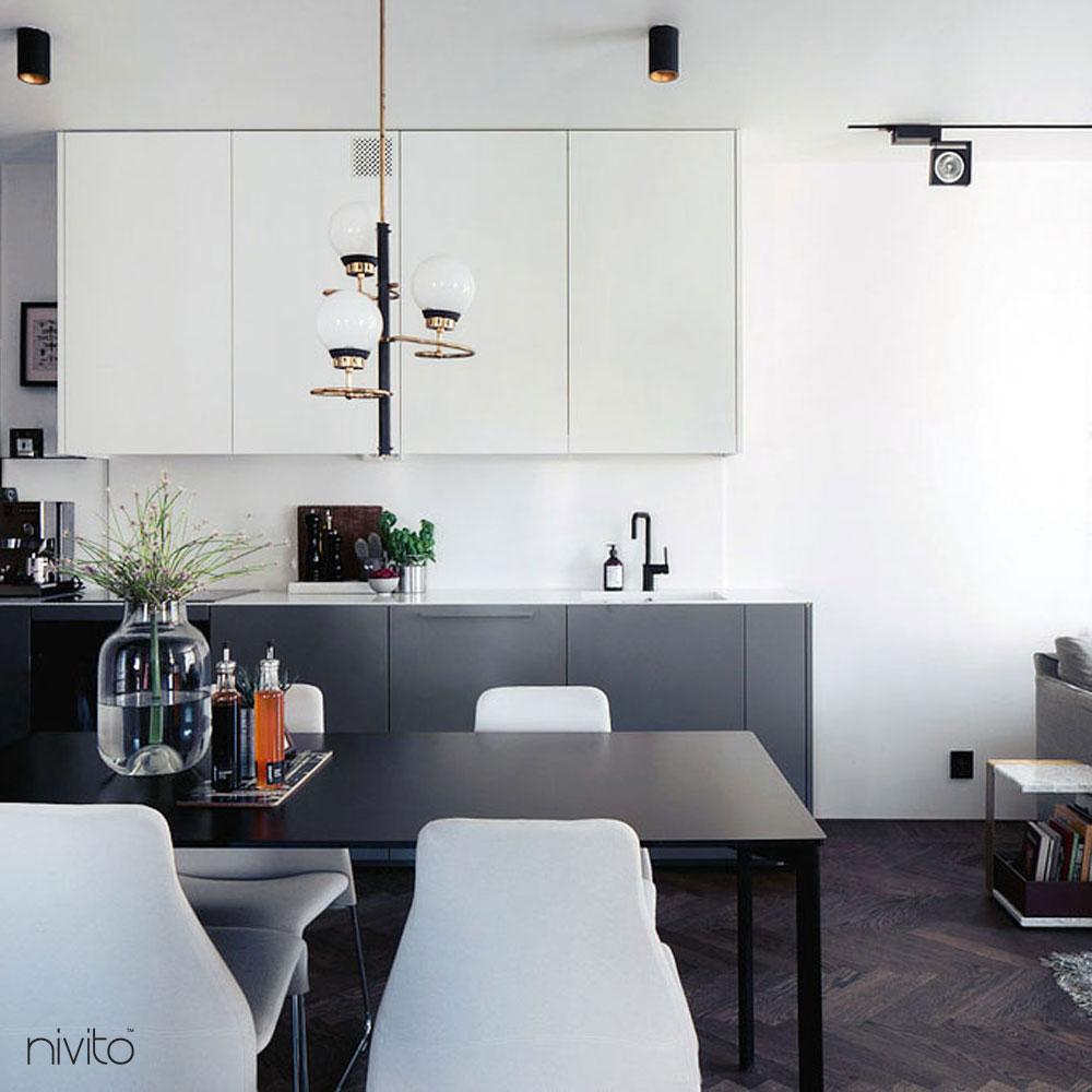 Svart Kran - Nivito 11-RH-320