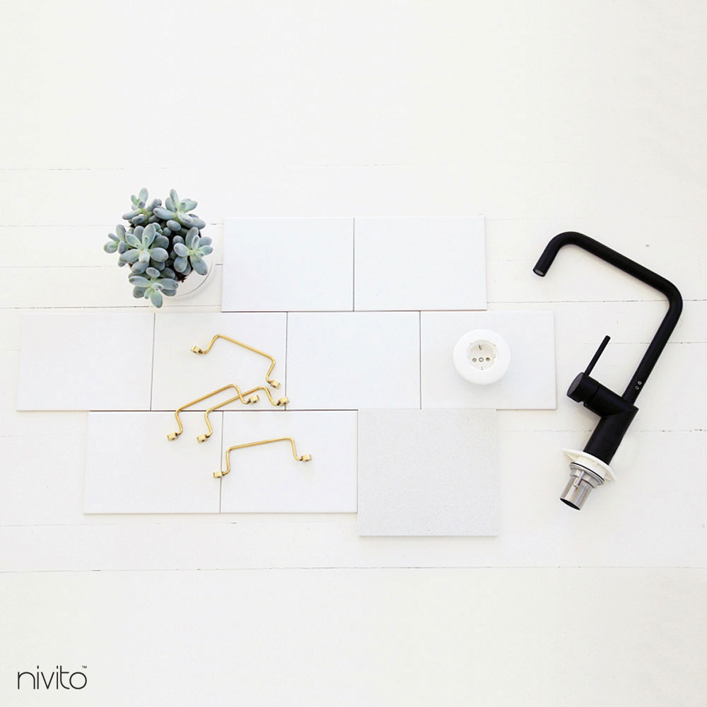 Svart Kökskran - Nivito 19-RH-320